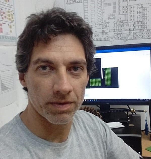 Headshot of Carlos Alberto Romay